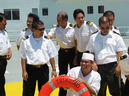 marineros filipinos