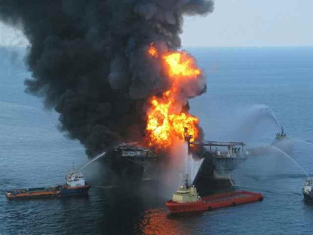explosión de la plataforma Deepwater Horizon