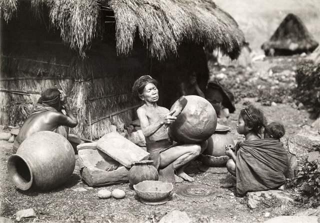 igorrotes en 1912 en Filipinas