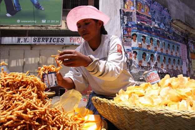 vendedora de comida en Manila, Filipinas