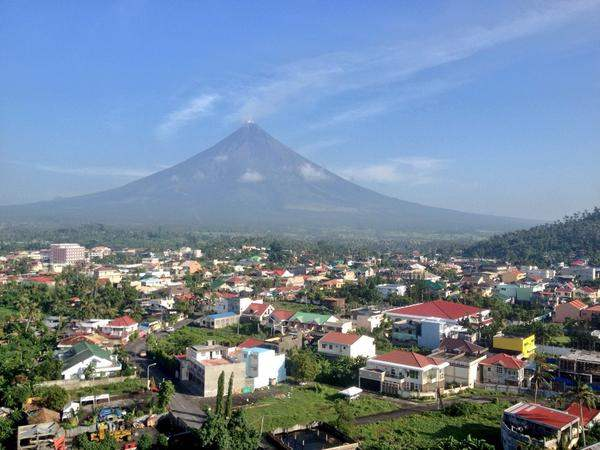 emisión de dióxido de azufre por el volcán Mayon, Filipinas