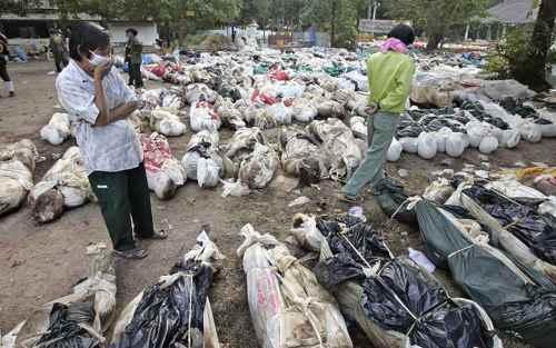 cadáveres en Takuapa, Tailandia