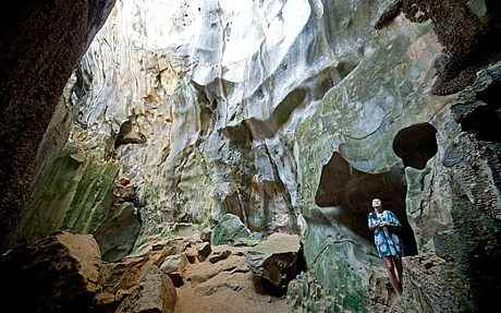 cuevas en las islas Cudugnon