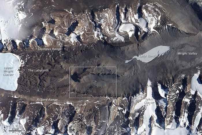 laguna de Don Juan desde satélite, vista general