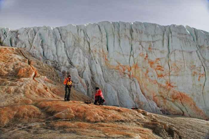 investigación sobre las Cataratas de Sangre de la Antártida