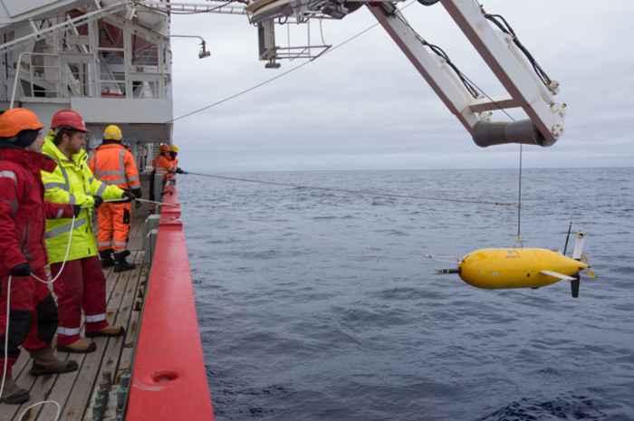 despliegue del sumergible Boaty McBoatface en la Antártida
