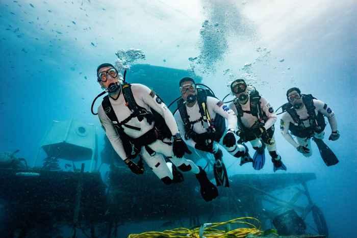paseo submarino en la misión NEEMO
