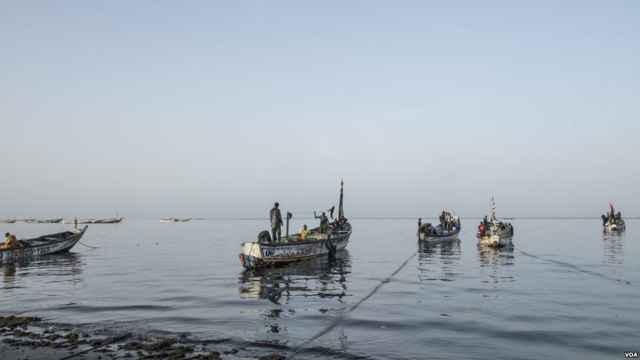pescadores tradicionales africanos