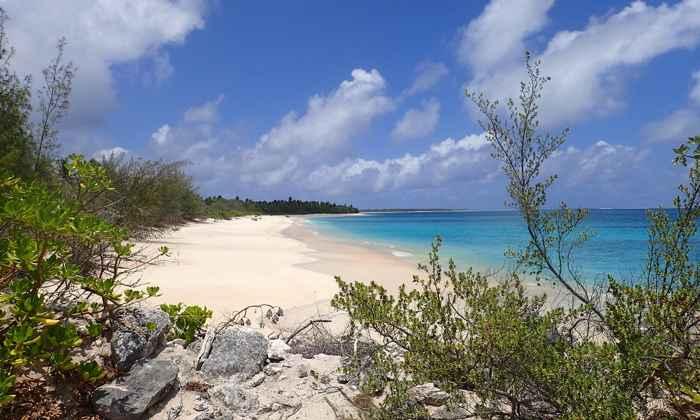 una playa del Atolón Bikini