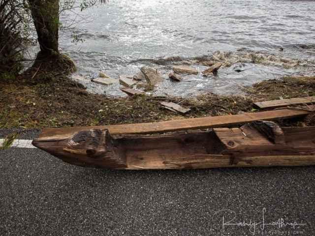 canoa varada durante el huracán Irma