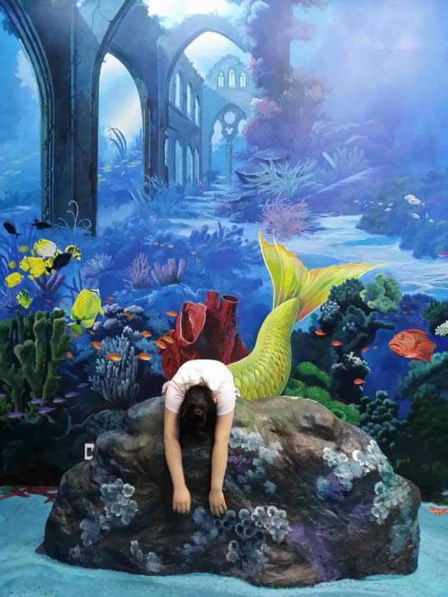 Art in Island, Manila - sirena