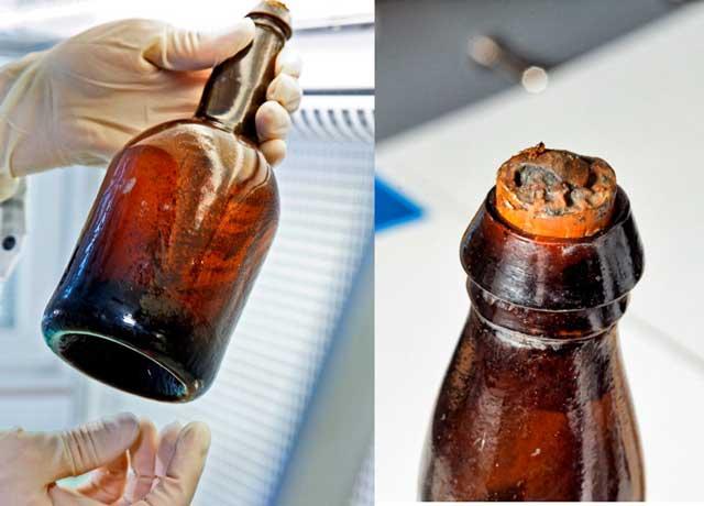 botella de cerveza de un naufragio de 170 años