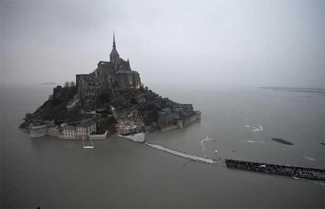 marea del siglo en Mont Saint-Michel