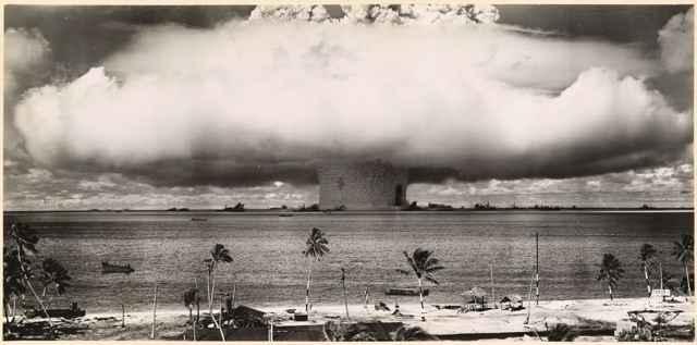 prueba atómica en el atolón bikini