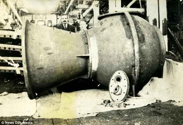 tubo submarino de Williamson, detalle