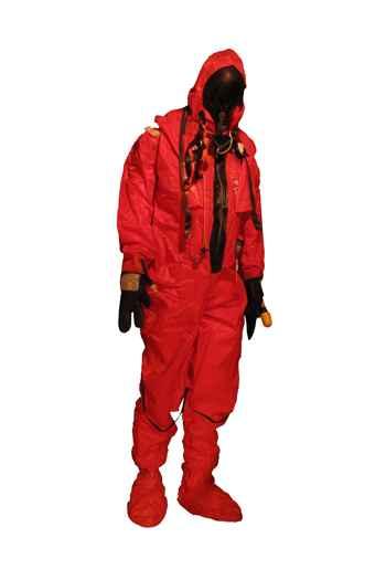 traje de escape MK 10 SEIE de pie