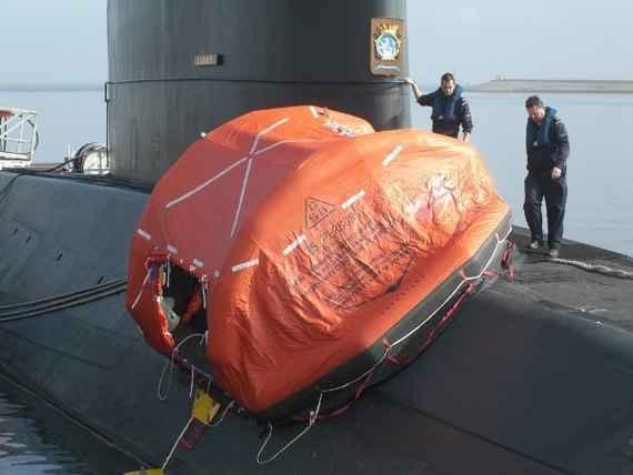 balsa de rescate del ARA San Juan