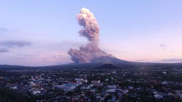 erupción del volcán Mayon, 24-01-2018