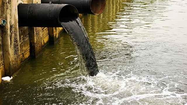 tubería de aguas residuales