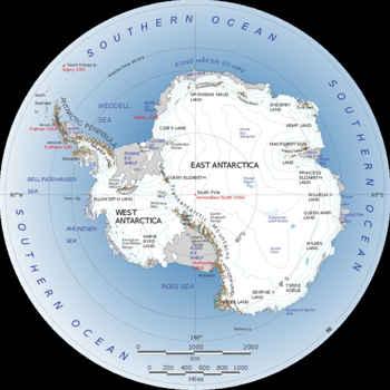 cadenas montañosas en la Antártida