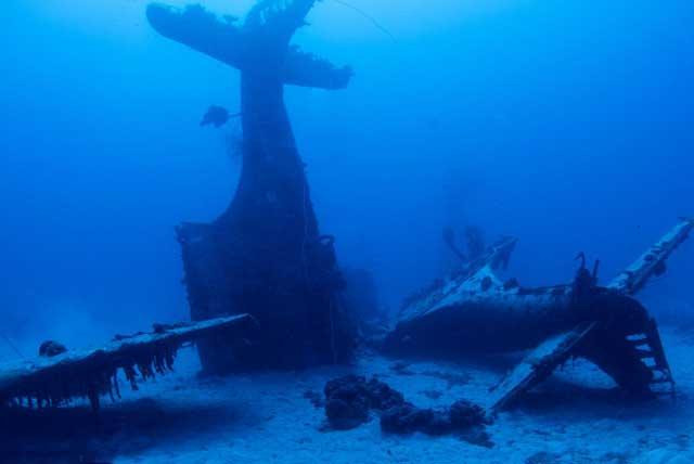 cementerio de aviones en el Pacífico