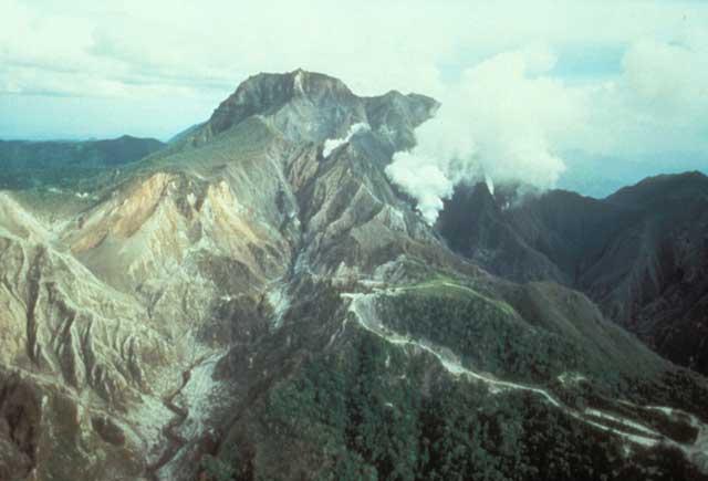 Monte Pinatubo en abril de 1991