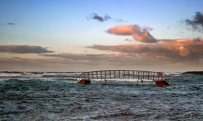 puente sumergido sobre el Biel Water, Escocia