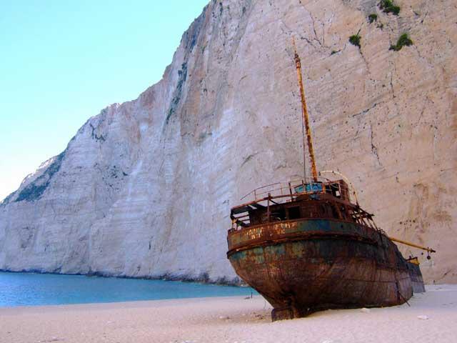 naufragio en la Playa de Navagio (Zakynthos, Grecia)