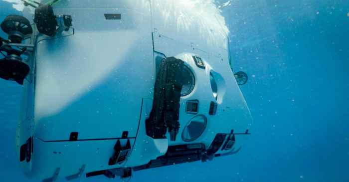 sumergible de Five Deeps Expedition