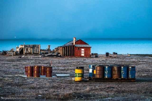 casas abandonadas en la isla de Wrangel