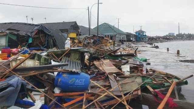 tsunami Pangdenglang, Indonesia