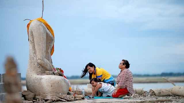 templo Wat Nong Bua Yai de Tailandia