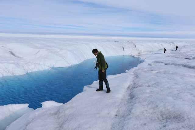 grieta en el hielo de Groenlandia
