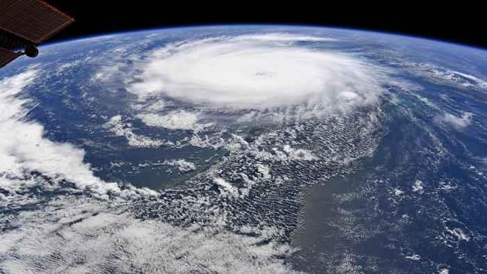 el huracán Dorian desde el espacio