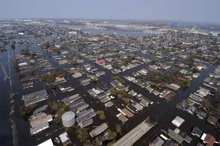 inundaciones por el huracán Katrina en New Orleans