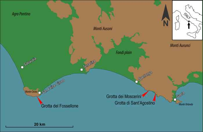 Grotta dei Moscerini, Italia