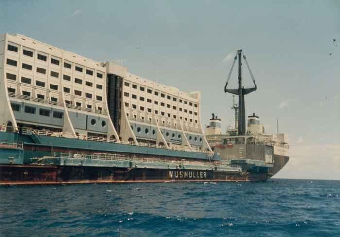 transporte del Hotel flotante australiano Four Seasons Barrier Reef Resort