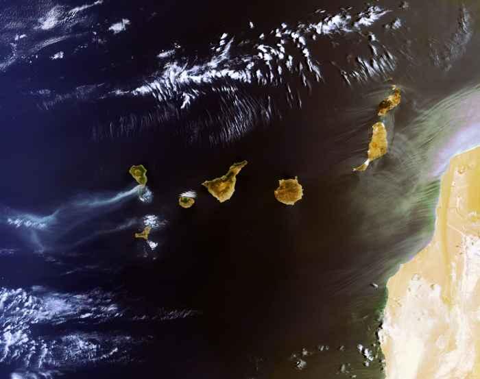 Islas Canarias desde satélite