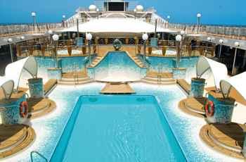 piscina en el crucero MSC Musica