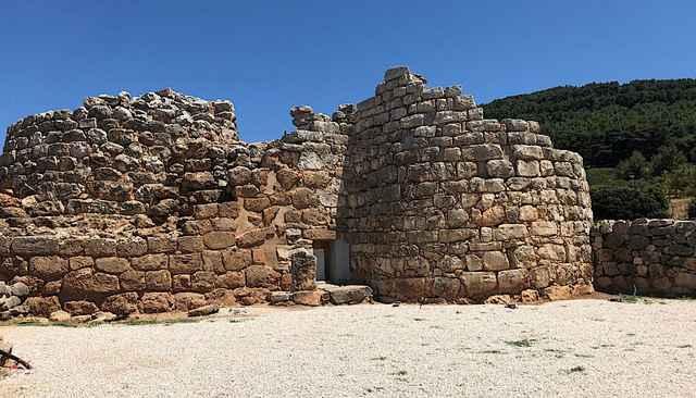 construcción prehistórica en Sicilia