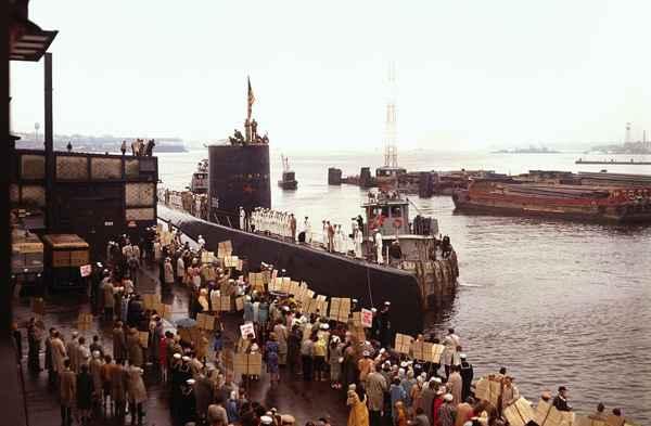 llegada del USS Triton