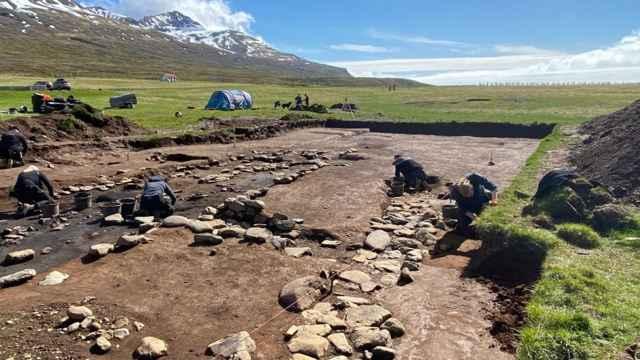 casa alargada vikinga en Islandia