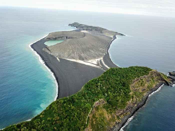 nueva isla Hunga Tonga-Hunga Ha'apai