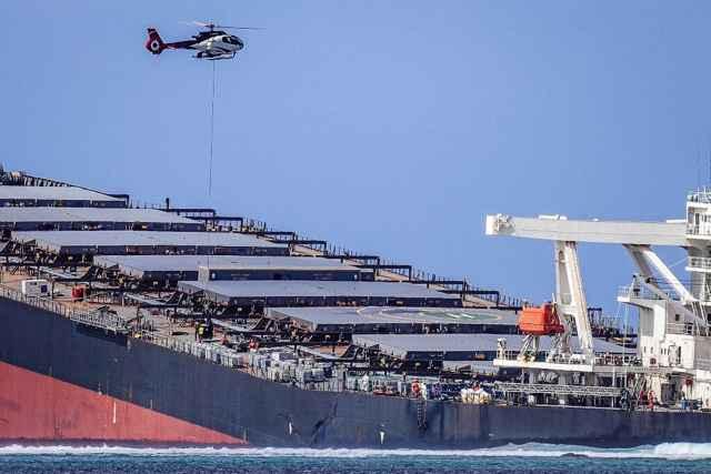 traslado de combustible con helicópteros