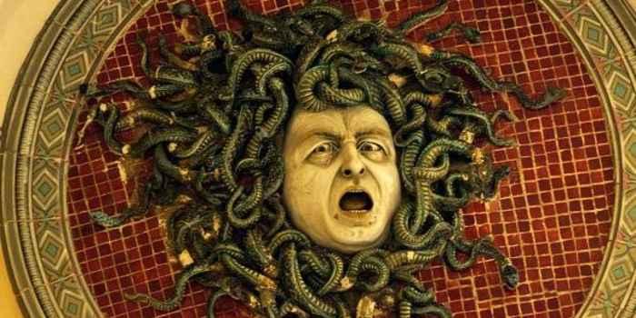 monstruo griego Medusa