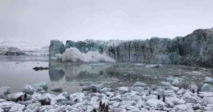 derrumbe de un glaciar en Islandia