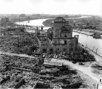 destrucción en Hiroshima por la bomba nuclear
