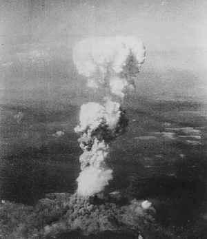 detonación de la bomba atómica sobre Hiroshima
