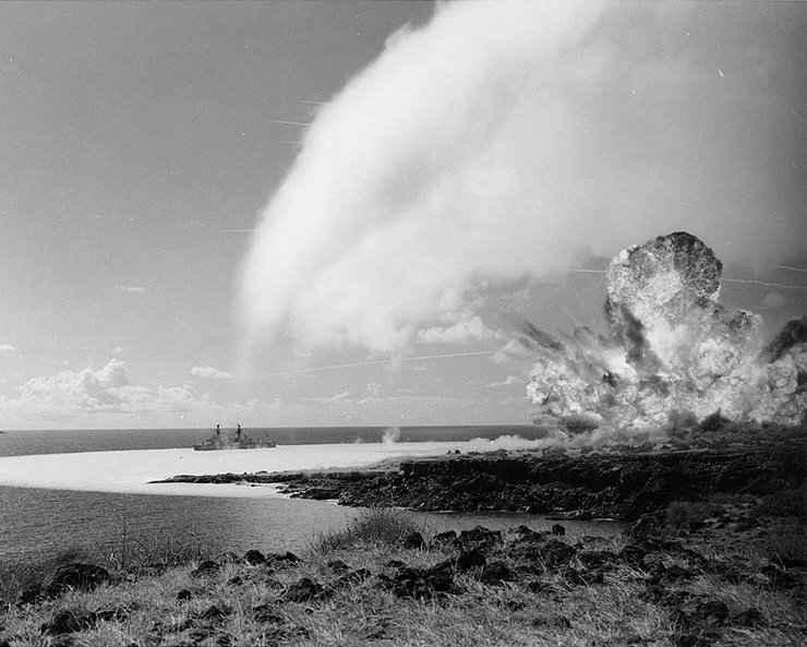 explosión de TNT en Kaho'olawe