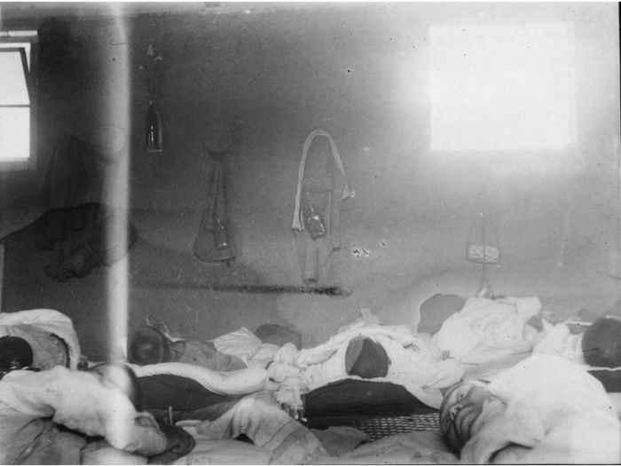 pacientes de beriberi en un hospital militar de Japón